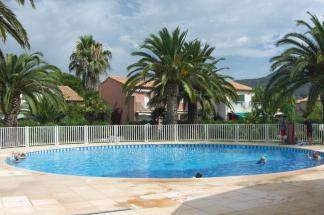 Résidence Lagrange Vacances Le Domaine d'Azur et Tahiti Park